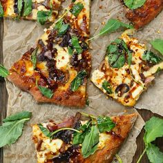 """CARAMELIZED ONION KALE GOAT CHEESE PIZZA WITH BALSAMIC DRIZZLE Follow @eatgoodforlife  INGREDIENTS:  2 lbs part skim mozzarella cheese, shredded 2…"""