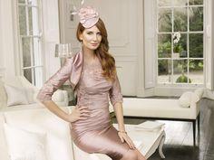 Sheath/Column Satin Scoop Natural Waist Knee-Length Zipper Cap sleeve Lace�Mother of The Bride Dress picture 1