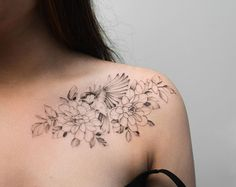 Hip Tattoos Women, Red Tattoos, Sweet Tattoos, Makeup Tattoos, Baby Tattoos, Girl Tattoos, Feminine Shoulder Tattoos, Front Shoulder Tattoos, Shoulder Tattoos For Women
