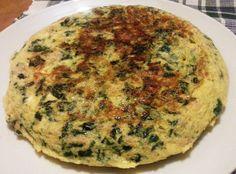 Creditos imagen: ani-foods.blogspot.com     INGREDIENTES:       6 Huevos, 2 con yema y 4 claras  1 Porción de Espinacas troceadas al gu...
