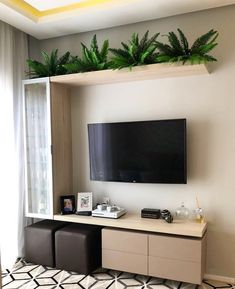 26 Clever Organization Space Saving Decor Ideas For Any Room Small Living Room Ideas Clever Decor Ideas Organization Room Saving smallapartment Space Tiny Living Rooms, Interior Design Living Room, Home And Living, Living Room Decor, Modern Living, Small Bedrooms, Dining Room, Deco Cool, Living Room Tv Unit Designs