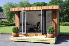 Need a garden office like this for when I work from home :)