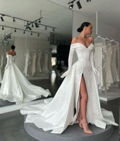 Black Wedding Dresses, Formal Dresses, Wedding Designs, Wedding Ideas, Wedding Bells, Fashion Dresses, Women's Fashion, Ball Gowns, White Dress