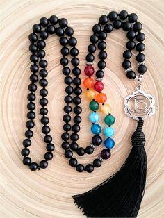 Mala necklace mala beads 108 mala necklace sacral chakra - Another! Chakra Necklace, Chakra Jewelry, Diy Necklace, Chakra Beads, Collar Necklace, Necklace Tutorial, Beaded Collar, Necklace Ideas, Diy Jewelry
