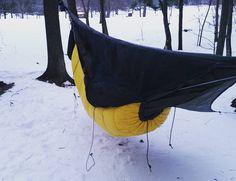 Hammock camping my diy under quilt worked pretty well at 4 #hammocklife #henessyhammock by @sommerz23