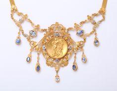 [DETAIL] Antique Italian Renaissance Sapphire, Pearl and Gold Necklace 19century