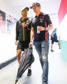 Ricciardo F1, Daniel Ricciardo, F1 Motorsport, Formula E, Colin Kaepernick, Thing 1, F1 Drivers, Fighter Pilot, World Of Sports