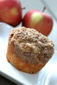 Baker Homemaker: Apple Streusel Muffins