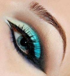 Maquillage des yeux pour les yeux bleus.  par annabelle