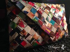 Posetele Unique ART sunt produse unicat, fiind realizate din reviste, a caror hartie este tratata astfel incat sa fie durabile si rezistente indiferent de sezon.  Gentutele pot fi facute pe comanda in diverse culori si marimi si pot fi livrate oriunde in tara.  https://www.facebook.com/uniquearthandmade