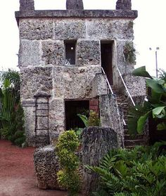 The Coral Castle Homestead Florida, Coral Castle, Florida City, Sundial, Ancient Aliens, Green Building, Homesteading, Outdoor Structures, Architecture