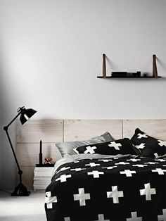 How to use Modern floor lamps in contemporary bedroom designs - Home Decorations 2017 Dream Bedroom, Home Bedroom, Master Bedroom, Bedroom Decor, Pretty Bedroom, Bedroom Ideas, Bedroom Inspo, Bedroom Designs, Peaceful Bedroom