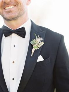 This Might Just Be Our New Favorite Malibu Wedding Venue Corsage Wedding, Flower Bouquet Wedding, Floral Wedding, Bridal Bouquets, Groomsmen Fashion, Groom And Groomsmen, Groom Attire, Groom Suits, Mens Suits