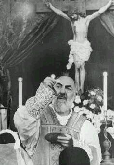 Padre Pio – *Messages-Prophéties-Par les Saints et les Prophètes