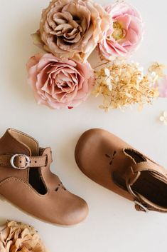 Dalia {Children's Leather Shoes} Baby Girl Shoes, Girls Shoes, Kids Fashion Blog, Boy Fashion, Fashion Clothes, Kids Clothing Rack, Cute Outfits For Kids, Bare Foot Sandals, Kid Styles