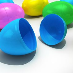 Preschooler finds more than candy inside an Easter Egg! I'll give you a hint- She found drugs.