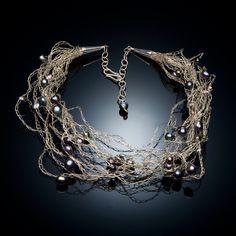 How To Crochet Wire Jewelry | pointykitty.net - Portfolio