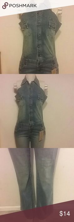 Denim jumpsuit blue wash Denim jumpsuit with tag. Customer return item. ****** customer replaced one button **** which was overlooked. Price reflects. Beautiful fit denim. Please if needed more pics can be loaded for the button replaced. Younique denim. Medium size younique  Jeans Overalls