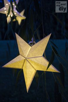 DIY Paper Star Lanterns | #DIY and #Crafts