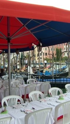 Wallpaper iPhone 5 640x1136 italy, venice, cafes Background Download Apple Picture, Image WallpapeprsCraft