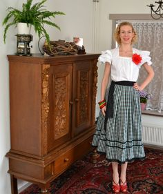 Sewing ♥ Vintage ♥ Knitting: Finished: Hollywood 1875 / Peasant blouse