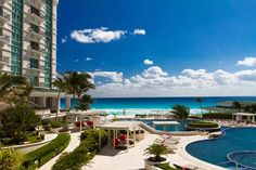 Sandos Cancun Luxury Resort has been selected as one of the BookIt.com® Top Ten All-Inclusive Resorts!
