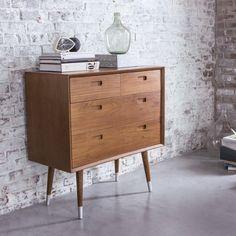 Tikamoon : Magda Teak Chest of 4 Drawers 1950s Furniture, Bedroom Furniture, Furniture Design, Retro Sideboard, Teak Sideboard, Living Room Green, Living Room Decor, 1950s Bedroom, Design Retro
