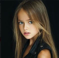 Kristina Pimenova - Kristina was born in Moscow, Russia on December Her mother started her modeling at the age of In 2014 Women Daily magazine dubbed Kristina, The Most Beautiful Girl in the World thrusting the budding child model/actr World Most Beautiful Girl, Beautiful Little Girls, Beautiful Children, Beautiful Eyes, Beautiful Babies, Beautiful People, Young Models, Child Models, Teen Models