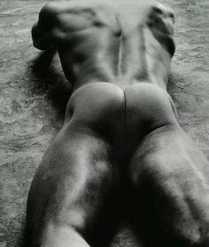 Photographer: François Rousseau [male backside] R Hot Men, Sexy Men, Hot Guys, Black White Photos, Black And White, Its A Mans World, Male Eyes, Scantily Clad, Male Photography
