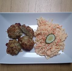Kapustové karbenátky s celerovým salátem Whole 30, Paleo, Low Carb, Herbs, Cooking, Inspiration, Food, Kitchen, Biblical Inspiration