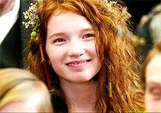 Annalise Basso Gif Pack (PT Under the cut you will find approx. gifs of Annalise Basso from her role in Captain Fantastic. All gifs were made by Admin Kirsten, and are meant for rping purposes. Captain Fantastic, Old Computers, Wattpad, Actresses, People, Girl Gang, Red, Books, Characters