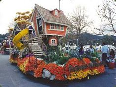 ... parade float whimsical tree house design for home depot s rose parade