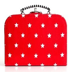 Red Star Storage Case Medium - $29.95 - Elephant in the trunk has designed these fabulous storage cases that are fun and stylish for any child's room and perfect for travelling.  #sweetcreations #kids #bedroom #nursery #decor #storage #elephantinthetrunk
