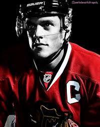 Jonathan Bryan Toews (* 29. dubna 1988, Winnipeg, Manitoba, Kanada) je kanadský hokejový útočník hrající v týmu Chicago Blackhawks v severoamerické lize (NHL). Přes svůj mladý věk je členem tak zvaného Triple Gold Clubu, do kterého patří hráč jemuž se podaří vyhrát zlatou medaili na Olympijských hrách (tu vyhrál již 2x v letech 2010 a 2014), Mistrovství světa a k tomu vyhrát Stanley Cup (ten vyhrál již také 2x v letech 2010 a 2013).