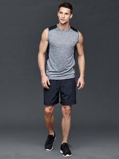 Gap-Fit-2016-Mens-Activewear-Sleeveless-Crew