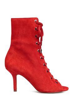 32 Meilleures Images Du Tableau Bottes Ouvertes Boots Heel Boots