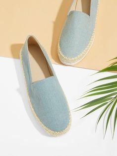 Shop Slip On Espadrille Flats online. SHEIN offers Slip On Espadrille Flats & more to fit your fashionable needs. Romwe, Slip On Espadrilles, Laos People, Flat Twist, Summer Sale, Latest Fashion For Women, Fashion News, Flats, Flat Sandals