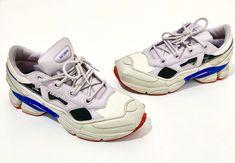 Adidas Sample Ozweego Replicant Size US 9.5 / EU 42-43