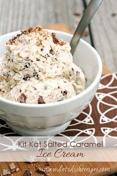 Kit Kat Salted Caramel Ice Cream - - Vanilla ice cream with Kit Kat pieces and a salted caramel swirl. Ice Cream Treats, Ice Cream Desserts, Frozen Desserts, Frozen Treats, Gelato, Topping Für Cupcakes, Crema Fresca, Granita, Salted Caramel Ice Cream