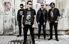 Papa Roach Singer Jacoby Shaddix Undergoes Vocal Cord Surgery, Cancels Tour