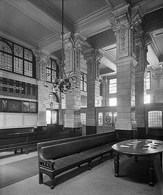 1st class waiting room at Victoria Station 1907