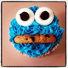 shabou: Cookie Monster Cupcakes