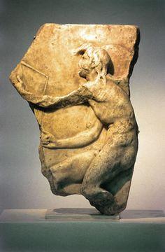 Il dio Kairòs, un bassorilievo del primo secolo a: C., della Chiesa di San Nicola in Croazia.
