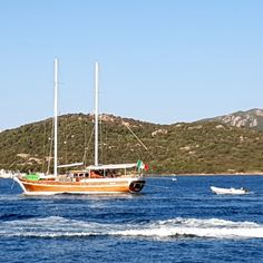 Dream Boat Cruise Holidays Gulet Charter Italy.#yachtcharter #charteryacht #woodboat #yachtholiday #boatrental #charterholiday #yachtrental #boathire #bluecruise #costiera #boatlife #vacanzainitalia#vacanza #boathire#vacanzaitaliane#dreamholiday #caicco #costa #cotedazure
