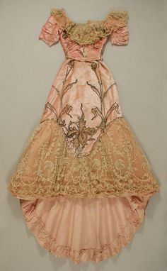 French Designer Jacques Doucet circa1898–1900 - Silk ~ Such detail