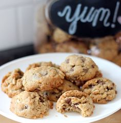 Chocolate Chip Crunch Cookies - You'll never guess what gives 'em that great crunch!