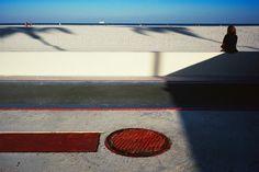 American Color 2. Constantine Manos. USA. Miami Beach, Florida. 1982. Magnum Photos Photographer Portfolio