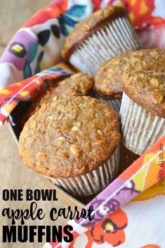 These Easy One Bowl Apple Carrot Muffins are great for breakfast. Full of shredded apples, grated carrots, and oats! These are great to grab and go. Banana Carrot Muffins, Healthy Carrot Muffins, Apple Oatmeal Muffins, Oat Muffins, Baking Muffins, Cinnamon Oatmeal, Apple Cinnamon, Apple Recipes, Baby Food Recipes