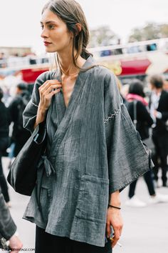Paris Fashion Week street style
