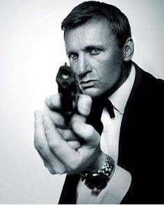 Daniel Craig body-double claims he's James Bland not 007 Bond ...